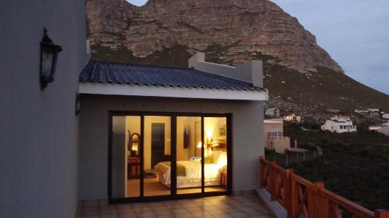 Van Den Bergs Guesthouse/B&B: Honeymoon suite very secluded