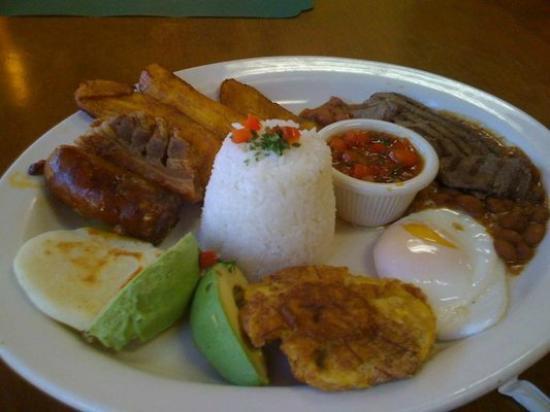 Mi Comida Restaurante Latino: Combo 11