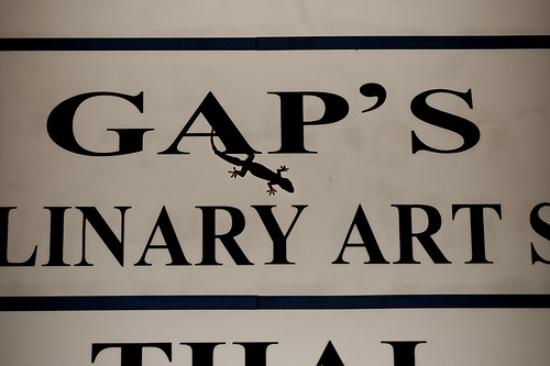 Gap's House: Sign