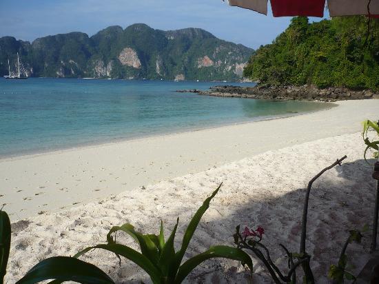 Phi Phi Paradise Pearl Resort: la spiaggia