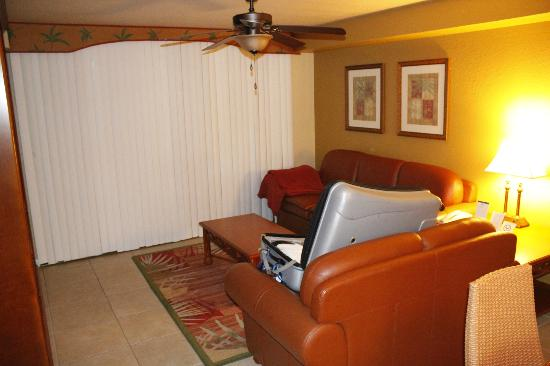 Westgate Towers Resort: lounge room
