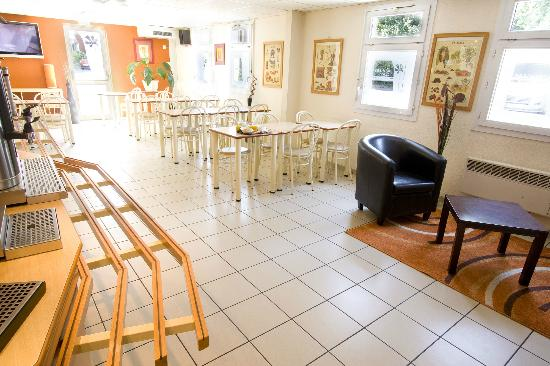 Premiere Classe Le Blanc Mesnil : Salle petit déjeuner