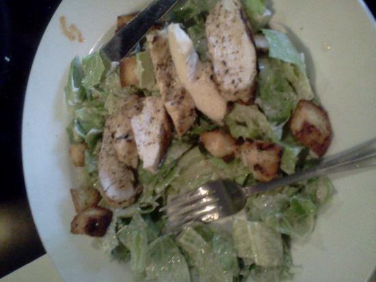 Bistro 536: Chickem Ceasar Salad