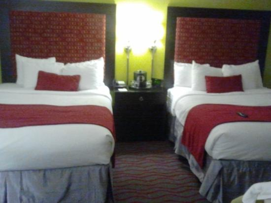 Holiday Inn Aladdin: Double Bed Room