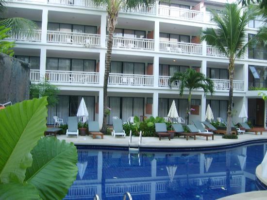 Sunset Beach Resort: View of hotel