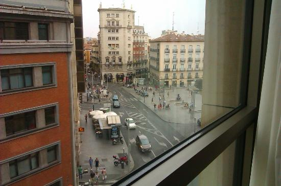 Hotel Santo Domingo Madrid: View from room