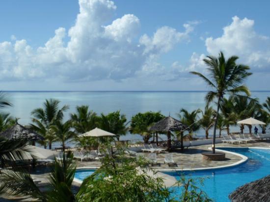 Clubviaggi Resort Twiga Beach & SPA: piscina spiaggia