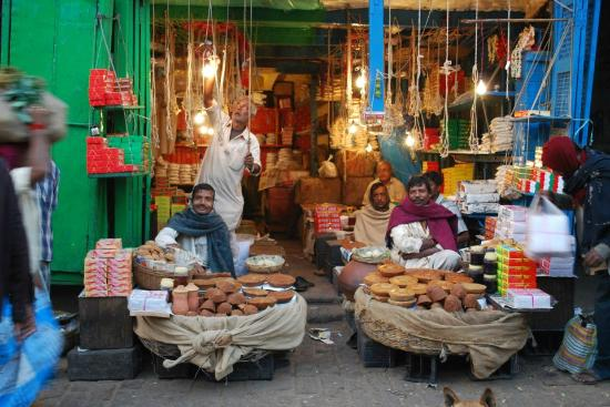 Calcutta Photo Tours : Date palm jaggery sellers