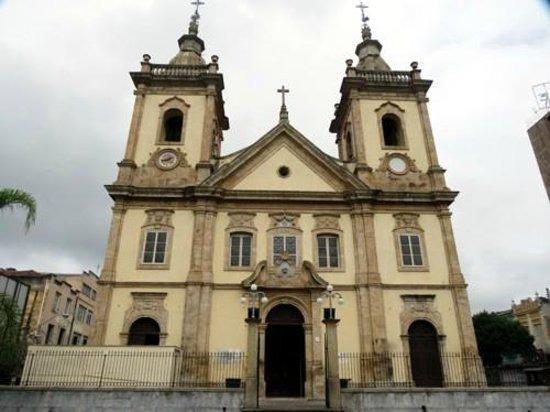Aparecida, SP: Vista externa da Matriz Basílica
