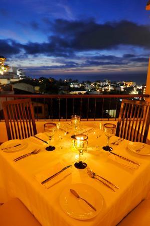 Vista Grill On The Beach: Romantic dining