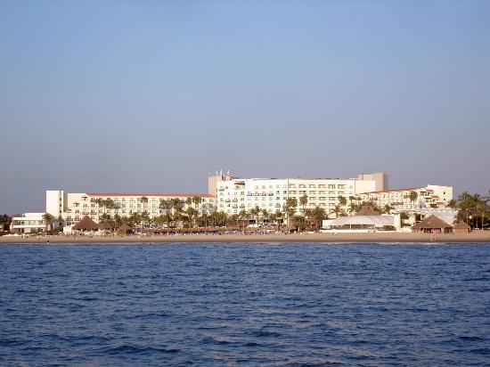 Hard Rock Hotel Vallarta: Hard Rock Vallarta from the water