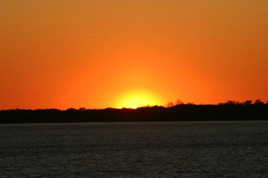 Lake Dora: Spectacular Sunset viewed from the Lakeside Inn porch