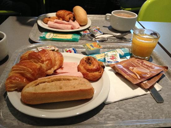 Avalon Hotel Paris: Breakfast