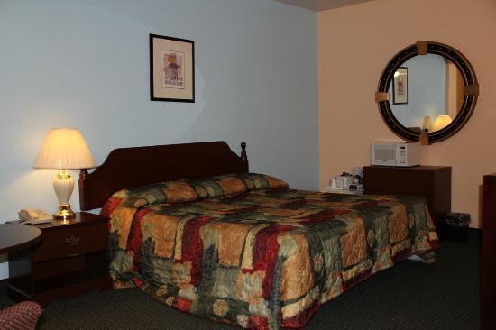 Marina Inn: Jacuzzi Room