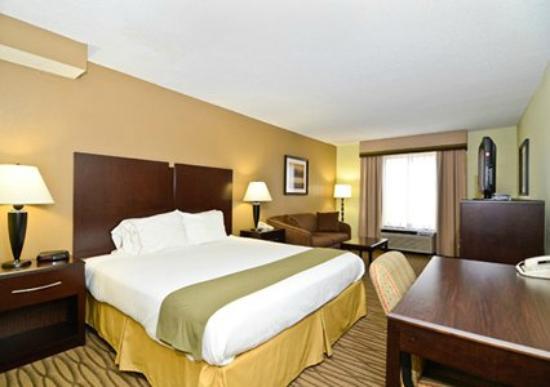 Comfort Inn: King Room