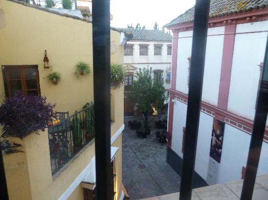 El Rey Moro Hotel Boutique Sevilla: View from one of our windows