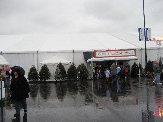 Christkindlmarkt: outside one of 2 market tents