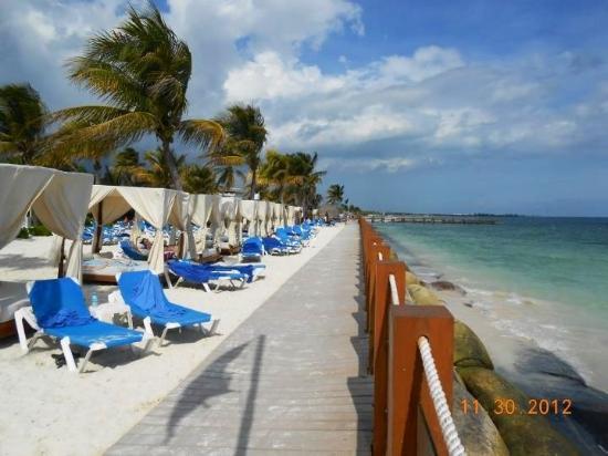 Ocean Maya Royale: :)