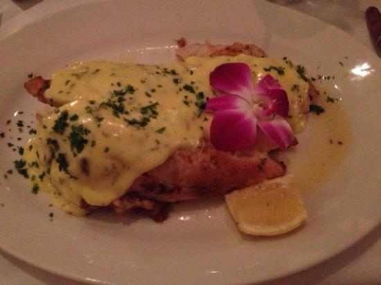 Ziggie & Mad Dog's: crabmeat stuffed snapper