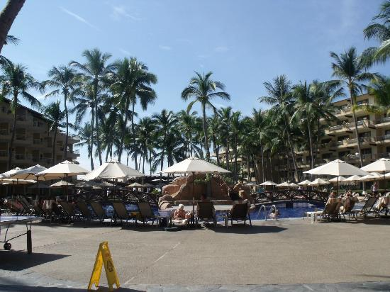 Villa del Palmar Beach Resort & Spa: Pool area