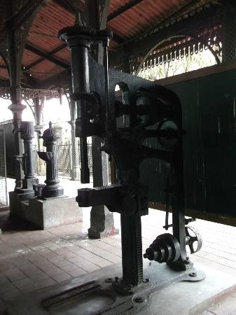 Old Town Hall: Old Artifacts