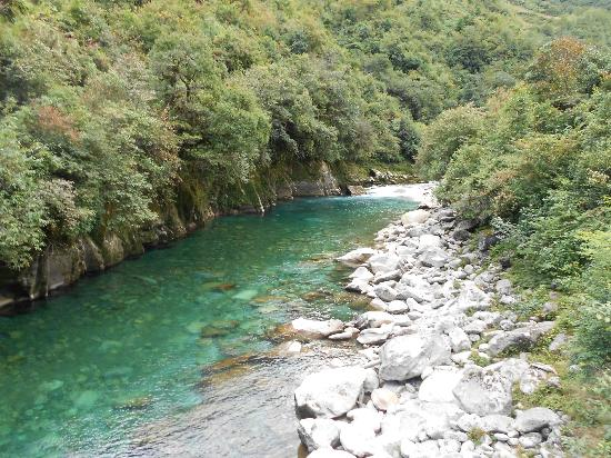Gongshan County, China: Dulong River