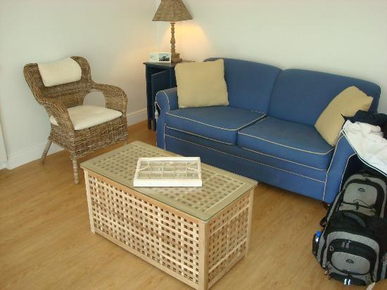 Beachside Village Resort: Sitting Area