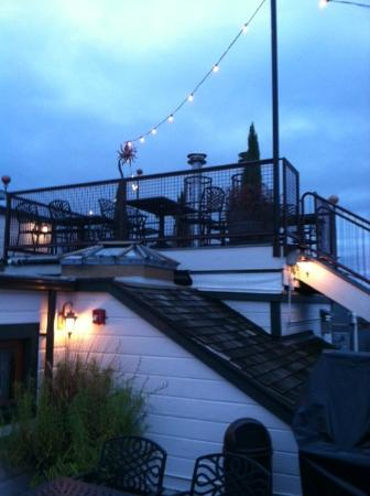 McMenamins Hotel Oregon: Roof top bar outside area