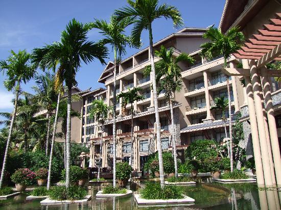 Hilton Sanya Yalong Bay Resort & Spa: Hilton Sanya Garden