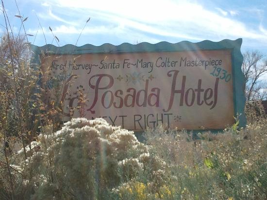 La Posada Hotel : sign for the hotel