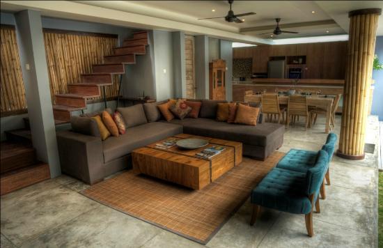The Grove Bumbak: Living room