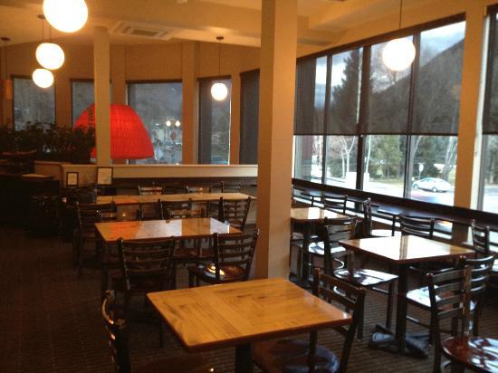 Hotel Aspen: Breakfast/Apres Ski Room