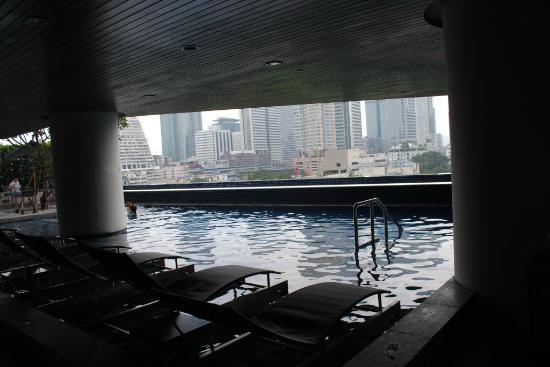 Pullman Bangkok Hotel G: Pool