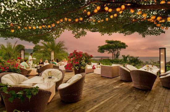 360 ̊ Bar: 360° Bar, Pavilions Phuket, Thailand