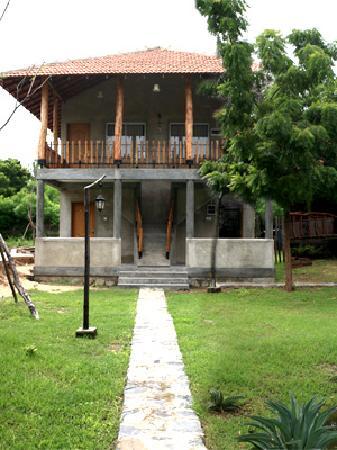 Yala Leopard Lodge