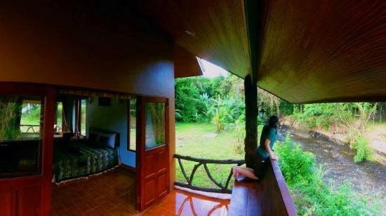 Khaosok Rainforest Resort: Relax at your own porch