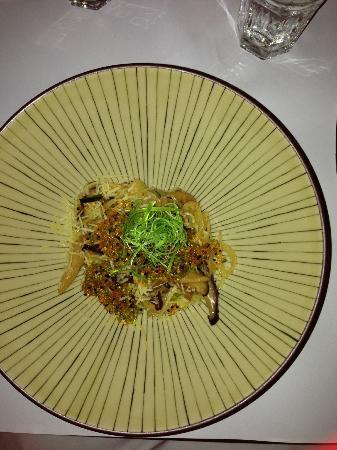 Nine Fine Food Modern Japanese: Angel hair noodles Kinoko