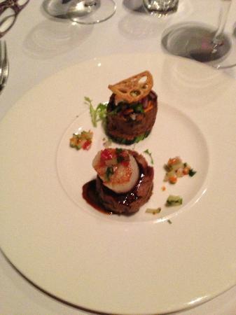 Nine Fine Food Modern Japanese : Braised lamb shoulder with scallops