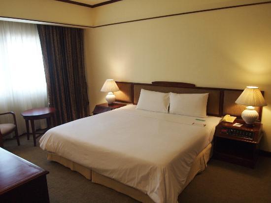 Mercure Chiang Mai: Suite room 
