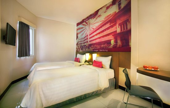 Favehotel Braga Standard Bed Room With Twin