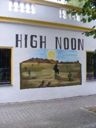 High Noon Zeitz