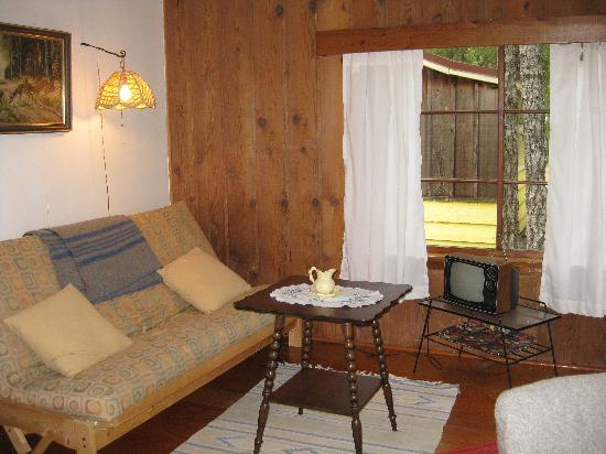 Timberlane Beach Resort: cabin interior