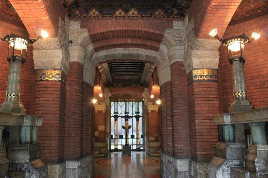 Palazzo Berri-Meregalli: interno del palazzo