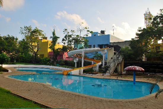 Green meadows resort chennai resort reviews photos rate comparison tripadvisor for Beach resort in chennai with swimming pool