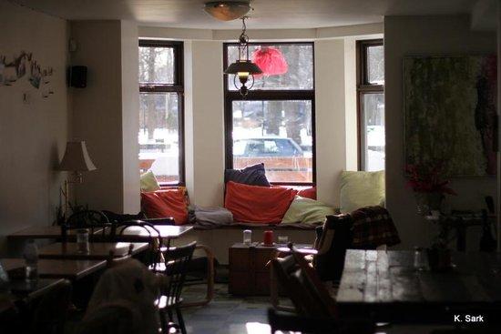 la petite cuillere victoria restaurant reviews photos tripadvisor. Black Bedroom Furniture Sets. Home Design Ideas