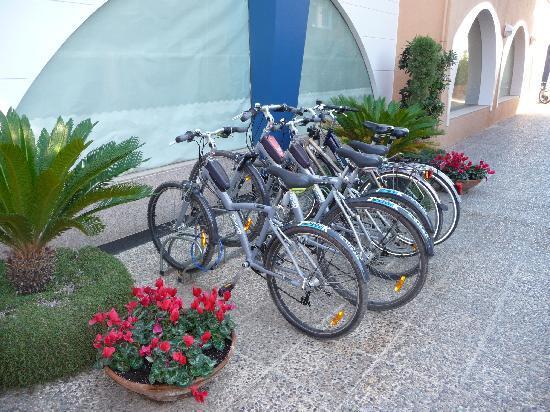 Solifemar Aparthotel: Alquiler de bicicletas gratuito