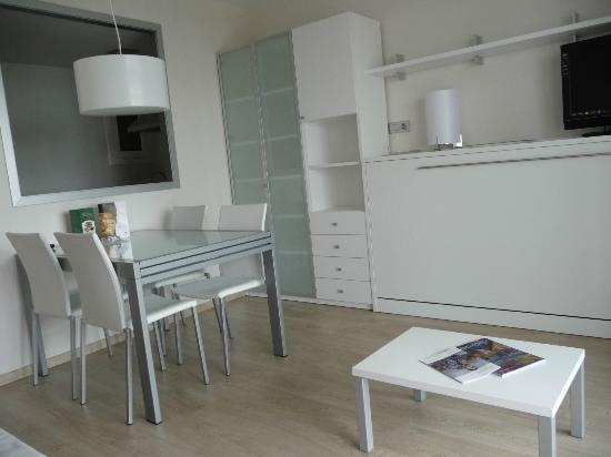 Solifemar Aparthotel: Comedor de Apartamento