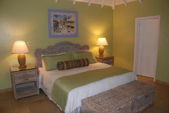 Nisbet Plantation Beach Club : Bedroom at Jessops