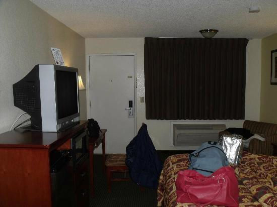 Americas Best Value Inn Bakersfield: Chambre