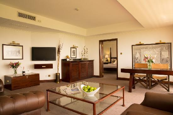 Ole Sereni: Masai Suite (Living Room)